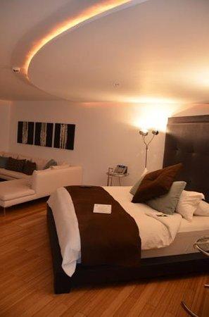 لو بارك هوتل بوتيك: Regular room with a King Bed.
