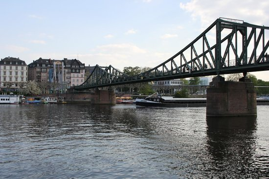 アイゼルナー・シュテグ 鉄の橋
