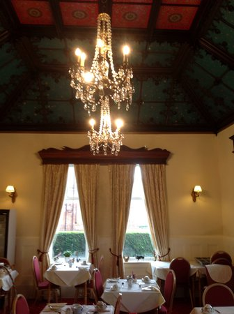 Three Gables: Dinning Room