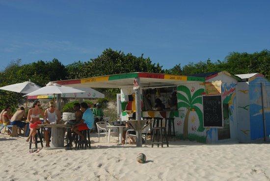 Anguilla Great House Beach Resort: Sun Shine Shack people