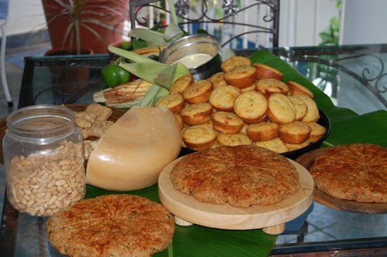 Port Antonio Food Guide: 10 Must-Eat Restaurants & Street Food Stalls in Port Antonio