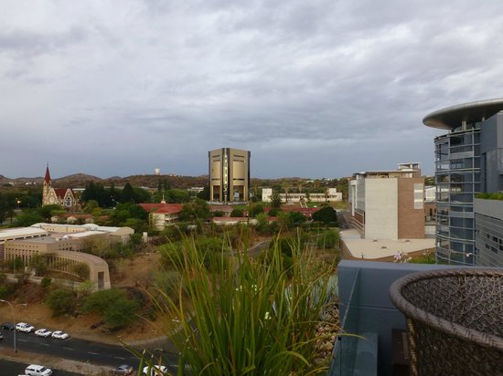 Hilton Windhoek: View to Parliament