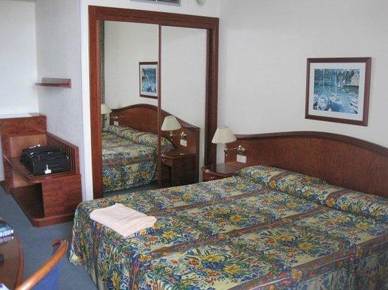 VIK Hotel San Antonio: Room