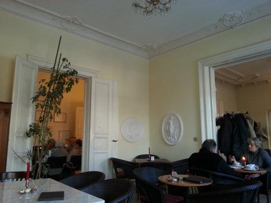 Kaffeehaus Morgenrot: Blick in den Raum