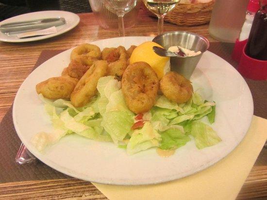 Le Mirador: frittierte Tintenfischringe mit Tartarsauce