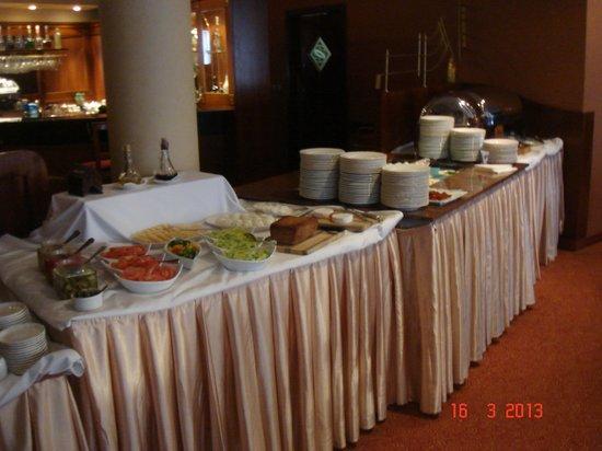Sympozjum Hotel: breakfast