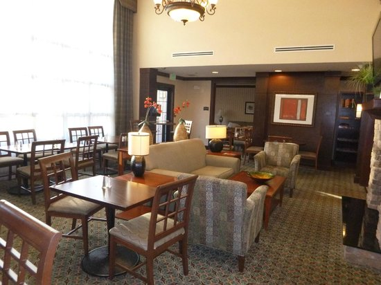 Homewood Suites by Hilton Jacksonville Deerwood Park: breakfast area