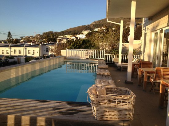 Sea Five Boutique Hotel: View from pool area
