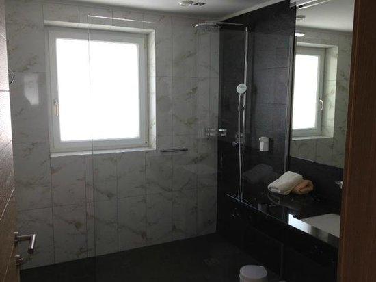 Alpenhotel Enzian: Bad