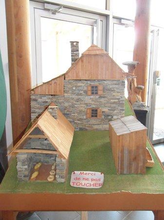 maquette d 39 un village picture of maison du bois meolans revel tripadvisor. Black Bedroom Furniture Sets. Home Design Ideas