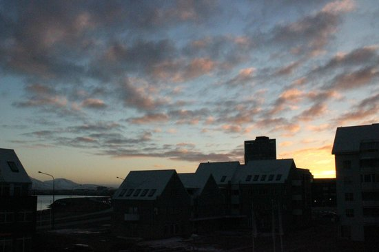 Fosshotel Baron: Sunrise from the balcony of room 200