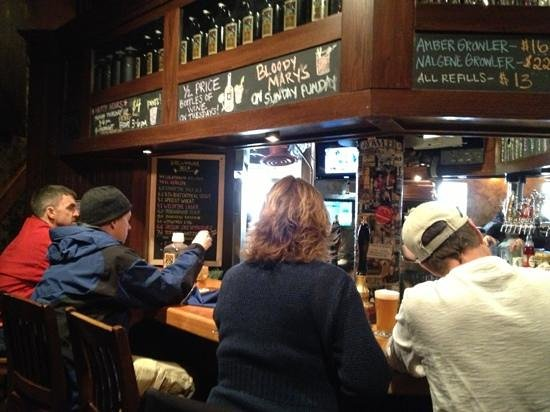 Fitger's Brewhouse Brewery and Grille: bellied up
