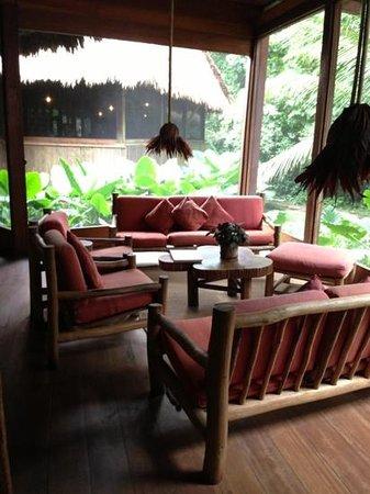 Inkaterra Ecological Reserve: main lodge lobby