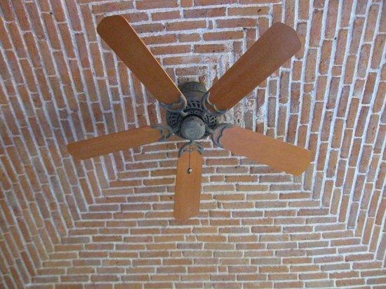 Casa Estrella de la Valenciana: Vaulted Ceilings
