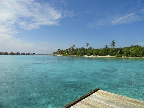 Robinson Club Maldives: Water