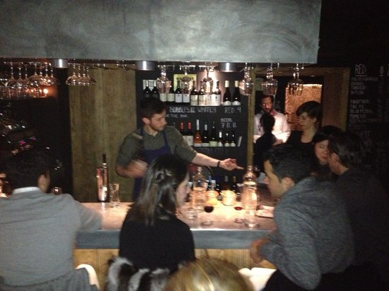 Cocotte:                                     Bar