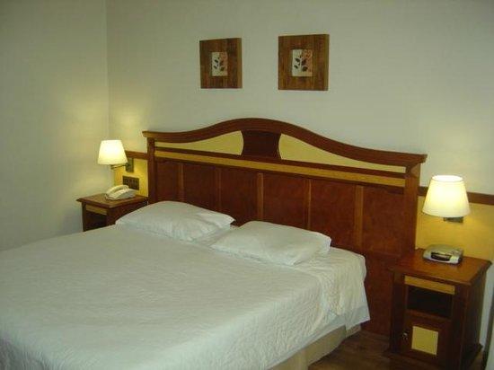 هوتل ريكانتو دا سيرا: Conforto e qualidade na roupa de cama