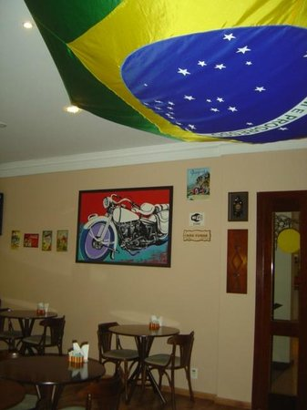 هوتل ريكانتو دا سيرا: Ambiente do Café Bar