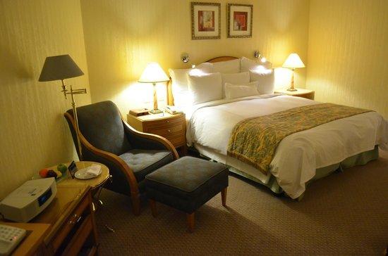 JW Marriott Hotel Kuwait City: King Room