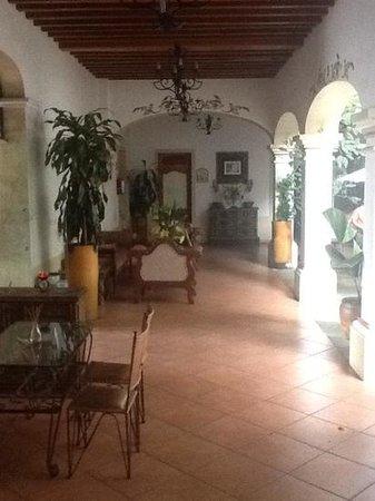 Los Pilares Hotel: entrada