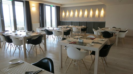 Seleni Suites Boutique Deluxe Hotel: dining room