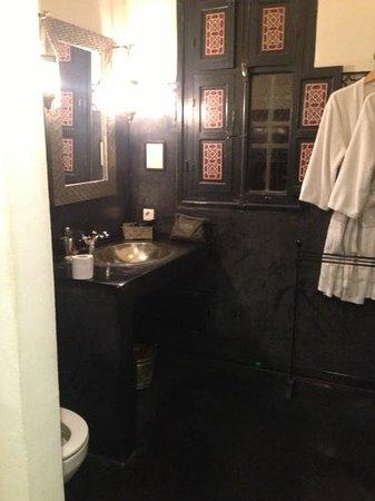 Riad Altair: baño