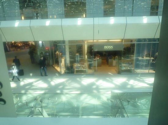 Red Baron : Vue sur la galerie de l'aéroport