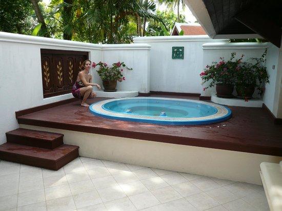Santiburi Beach Resort & Spa:                   outdoor jacuzzi in our villa