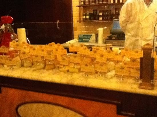 Artisinal: cheese station