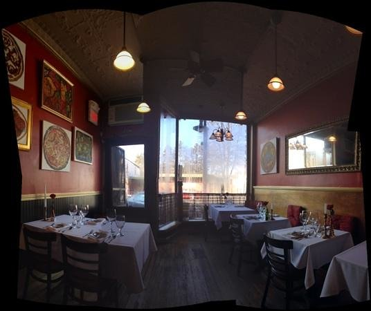 Gypsy Apple Bistro: inside the bistro
