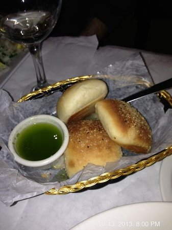 Ciao Bistro: Fresh Italian rolls with pesto olive oil