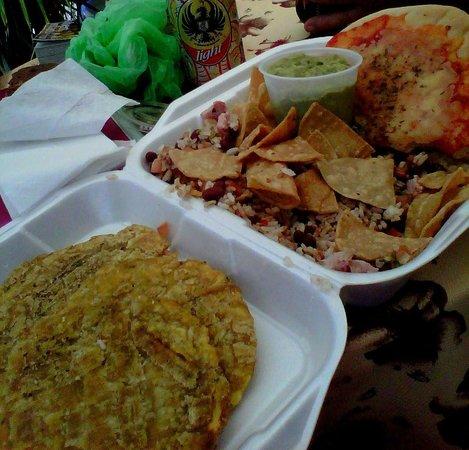 Surf Caribbean Food: Great guacamole