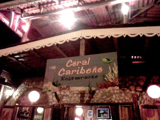 Restaurant Coral Caribeno: Great dinner local