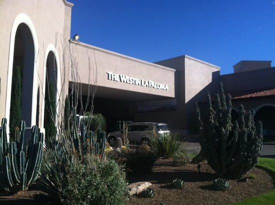 Westin La Paloma Resort and Spa: Resort entrance