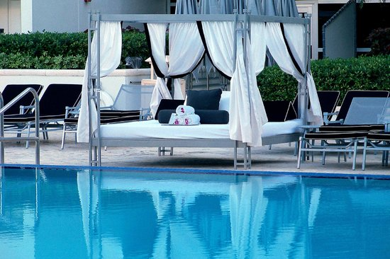 The Ritz-Carlton, South Beach :                   Beautiful Pool