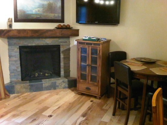 فيل راكيت كلوب ماونتن ريزورت: Living room