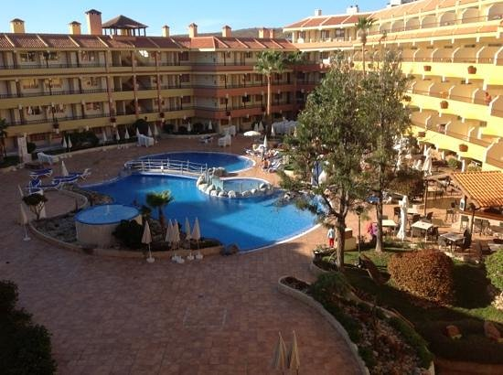 Pool area picture of hovima jardin caleta la caleta for Aparthotel jardin caleta tenerife