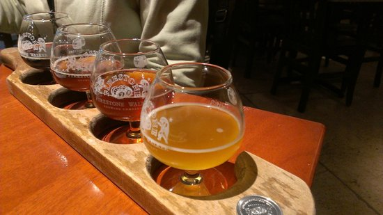 Firestone Walker Brewing Company :                   Beer flight