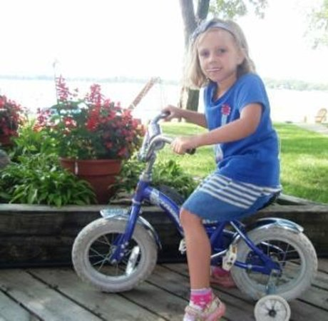 Dickerson's Lake Florida Resort: Riding bike