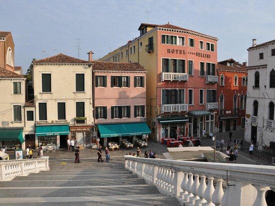 Abbazia Deluxe: l'hôtel vu du Canal