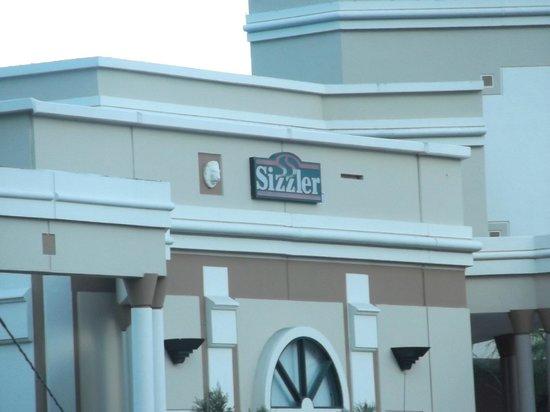 Hilton Ponce Golf & Casino Resort: Sizzler Ponce