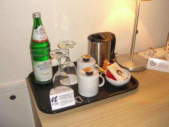 Nordic Hotel Berlin - Mitte: Agua y té gratis