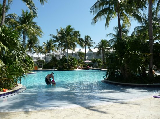 Tranquility Bay Beach House Resort: Beautiful family pool