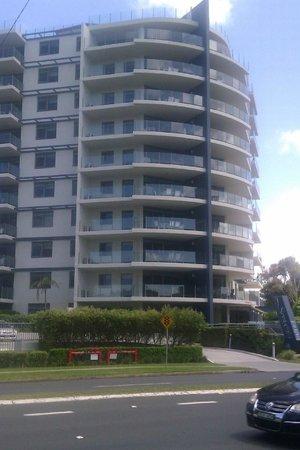 Sevan Apartments: Sevan ocean side
