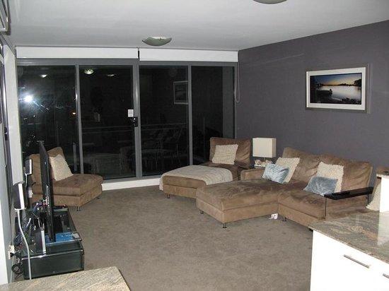 Sevan Apartments: Loung room 403
