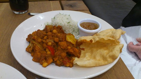 210 Bistro : Chickpea and Sweet Potato Madras Curry