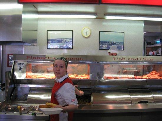 Pinnacles Restaurant: Hardworking staff at Pinnacles in Seahouses