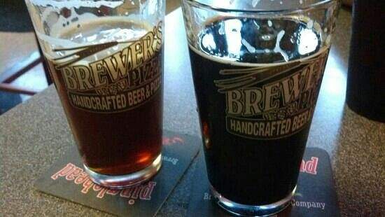 Brewer's Pizza: on the left Lost Coast Winterbraun. on the right Pinglehead Mind Driver (delish)