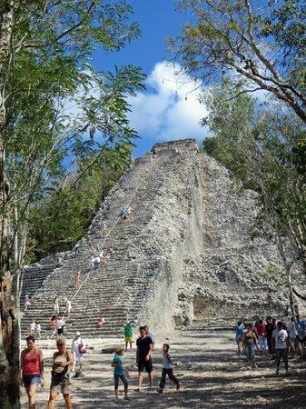 Hostel Sheck: Mayan Ruins at Nearby Coba