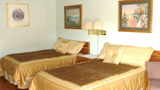 Beachwalk Inn: Room 38 - please note all rooms individually decorated and every room is different no two exactl